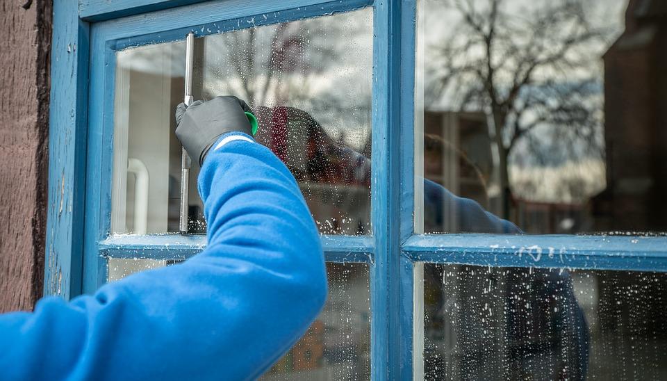 Fenster mit Schaum
